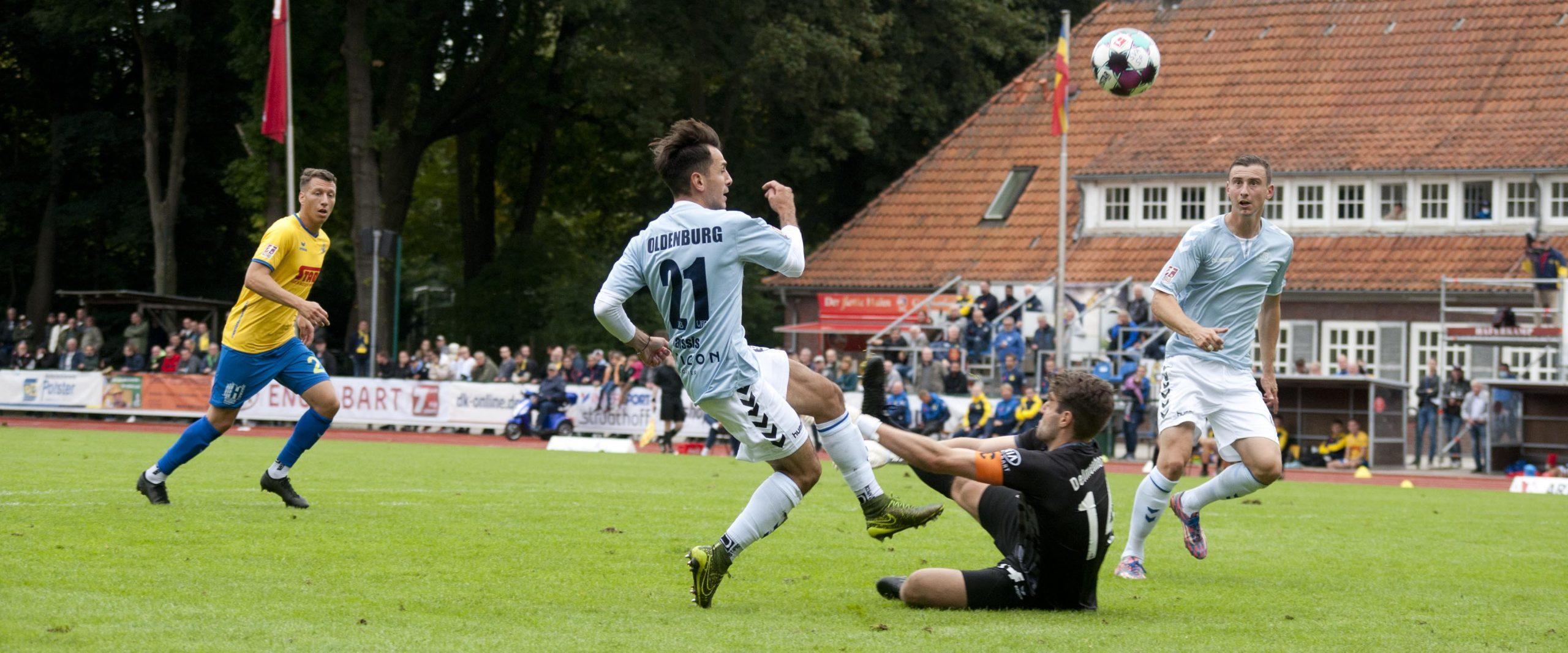 Dominanter VfB feiert zu knappen Derbysieg